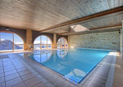 espace-bien-etre-hotel-les-balcons-village-belle-plagne-piscine-1