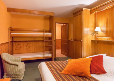 Chambre-familiale-hotel-les-balcons-village-belle-plagne
