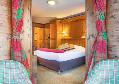 Suite-hotel-les-balcons-village-belle-plagne-vue-2